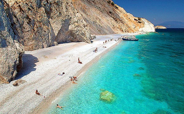 http://www.travel-to-skiathos.com/gallery_images/24.jpg
