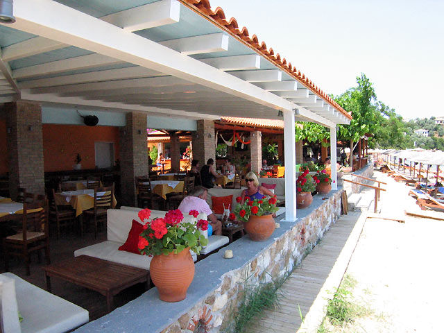 Maniatis Garden Restaurants In Achladies Skiathos Greece